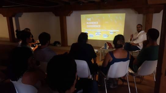 Spazi di relazione Arti multimediali, luoghi urbani e coinvolgimento di comunità